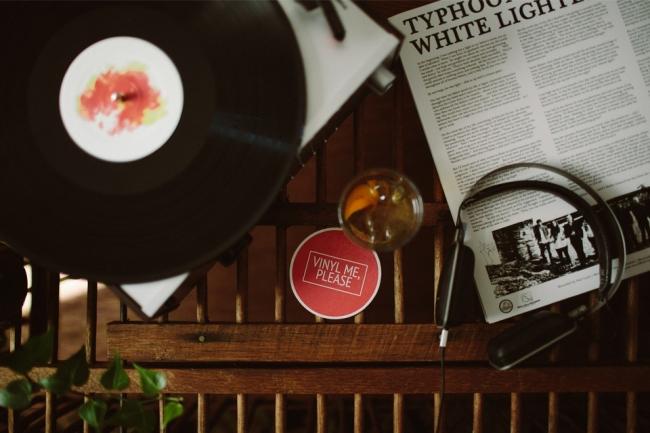 vinyl-me-please-00