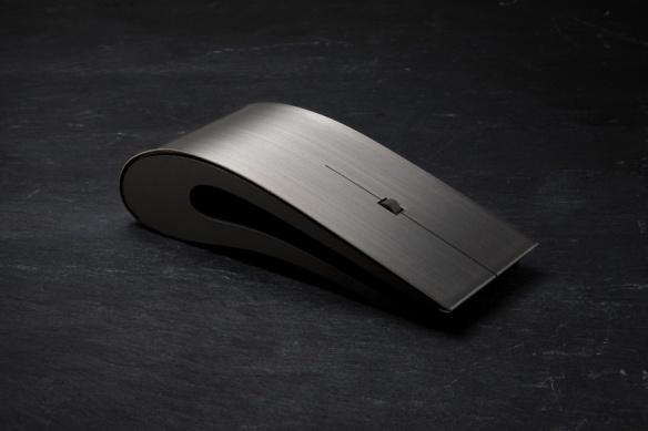 titanium-mouse-by-intelligent-design-00